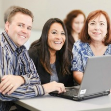 iStock_teacher-group-at-computer230p
