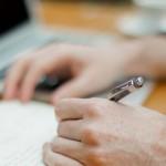 unsplash-laptop-writing 640